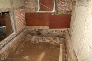 Dug out foundation